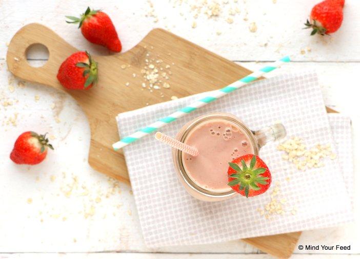 ontbijtsmoothie met havermout en aardbei (2)