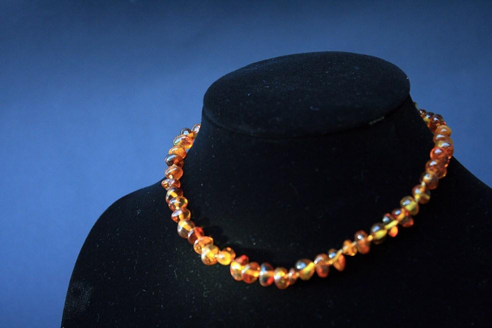 ogrlica od jantara