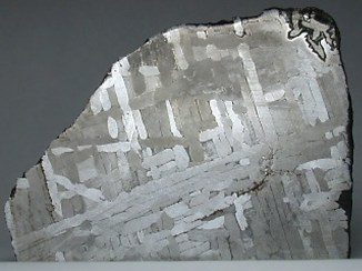 Widmanstattenov uzorak na meteoritu