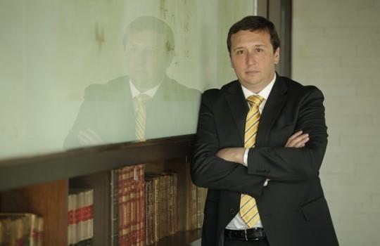 """Rodrigo Weisner: """"El derecho de agua viene con el de concesión minera"""""""