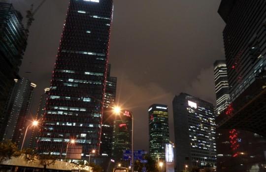 Zinc cae a mínimo en cinco años y precio del cobre es afectado por temores sobre China