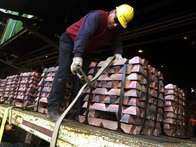 Indican que impacto por caída del cobre en Chile repercutirá por 10 años