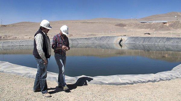 Expertos debatieron sobre desafíos del agua en la Minería