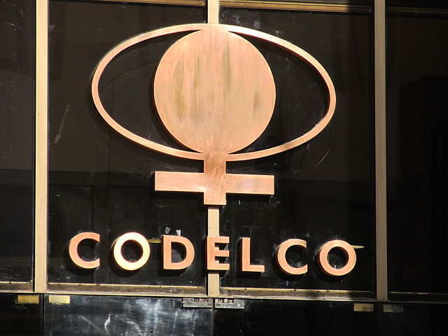Finning concreta importante venta de equipos a DMH Codelco