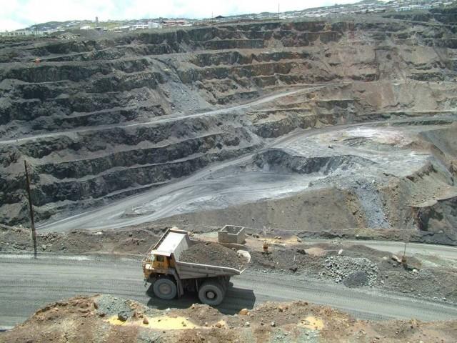 Gran minería acentúa el ciclo vicioso de la sobreoferta de materias primas