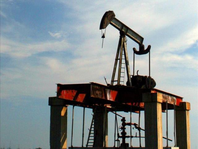 Petróleo se recupera y sube más de 50% desde febrero