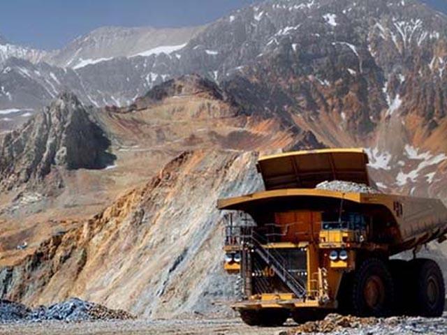 La mitad de ejecutivos mineros se cambiaron a empleo de peor remuneración