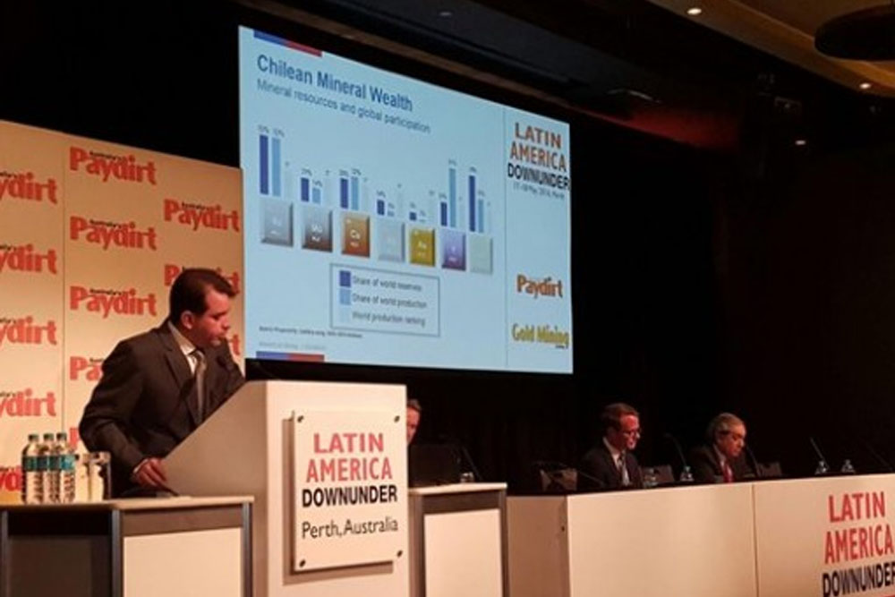 Gobierno destaca proactividad de Chile para atraer inversión minera extranjera