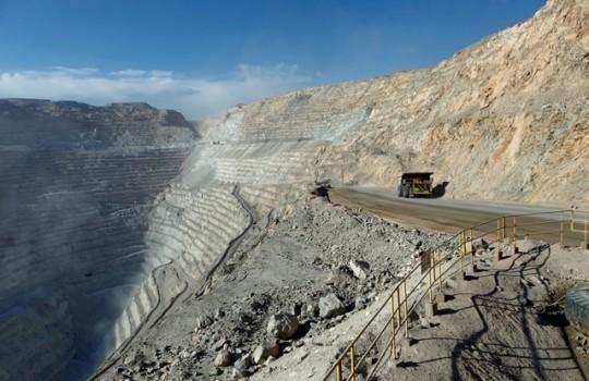 Trabajadores de Chuquicamanta estudian reanudar movilizaciones