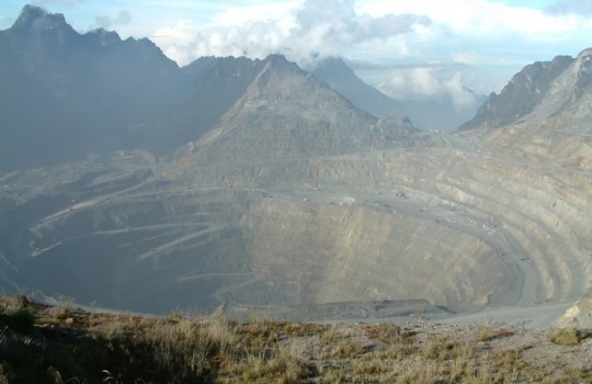 Freeport vs Indonesia: La disputa que frena a la segunda mina de cobre del mundo