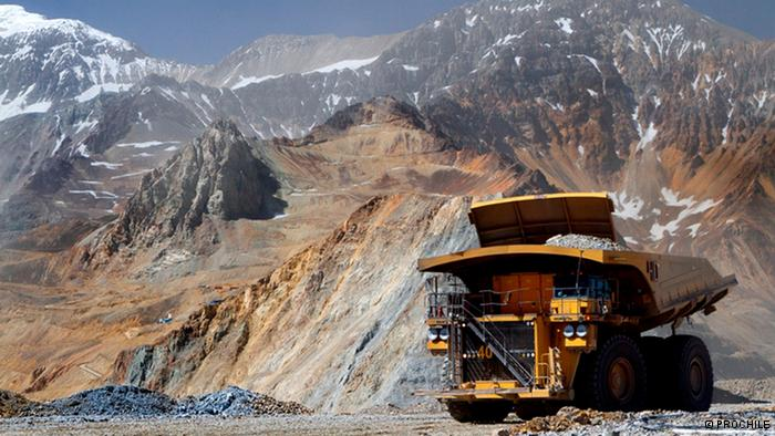 Sector minero en alerta por propuestas que buscan reformar concesiones mineras