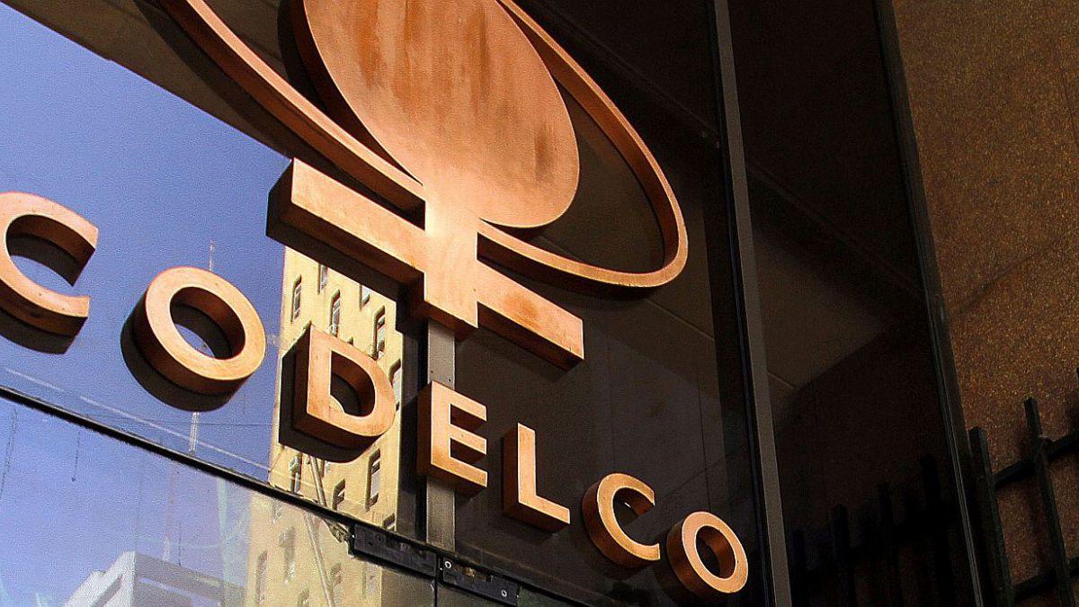 "Aseguran que excedentes de Codelco para este año ""descartan capitalización extraordinaria"""
