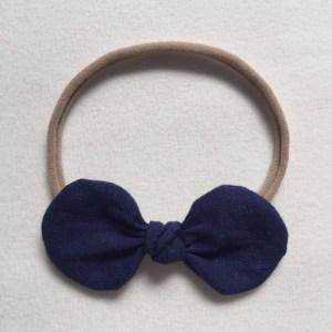 βρεφική-κορδέλα-με-μπλε-σκούρο-φιόγκο