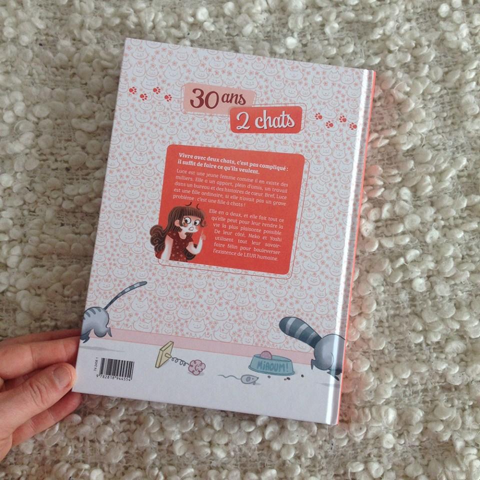 30 ans 2 chats, Minikim, Bande dessinée, illustrations, vie de chat, livre sur les chats, dessin de chats, dessiner des chats, chats kawaii, vivre avec un chat, vis ma vie de chat, fille à chat, catlady, cat lady, parisienne, paris, France, chat parisien, adopter un chat, cat addict, chat addict, miaou mag, miaou box, j'aime les chats, mon chat et moi, bande dessinée, chat, chats, Minikim, Flora, bamboo editions, gags, histoires drôles, conseils