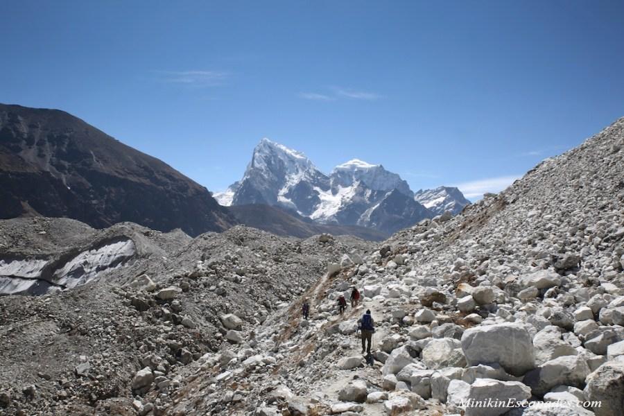 crossing the Ngozumpa glacier