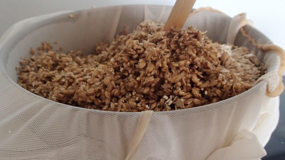 Mashing crushed pale malt