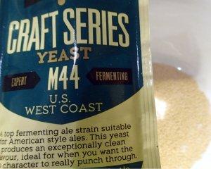 Mangrove Jack's M44 yeast