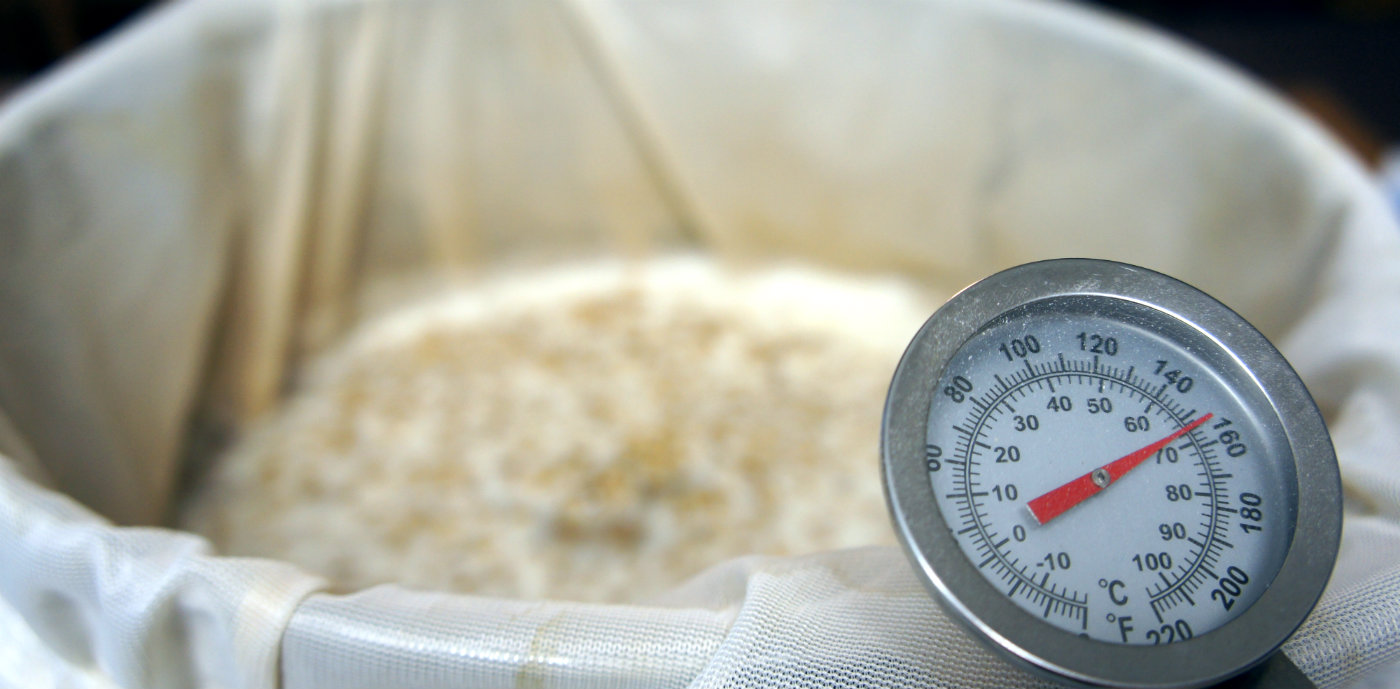 Keeping mashing in the right temperature