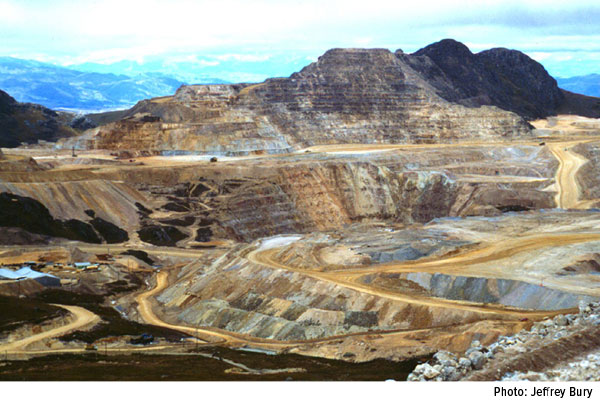 Here are the world's top 10 gold producing mines - yanacocha-gold-mine
