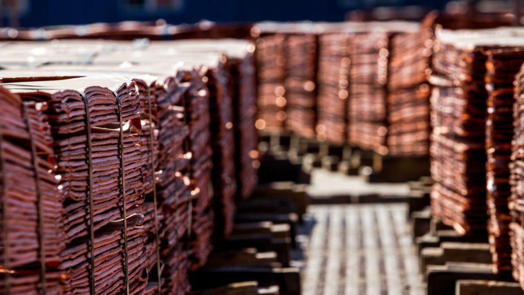 Copper rises as dollar retreats
