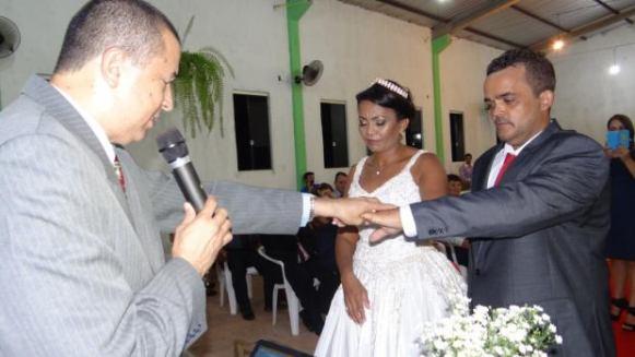 Casamento da Pastora Naurilene realizada pelo Ministro Luzz Adonnay