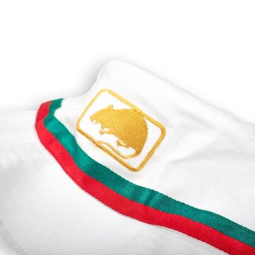 MOC BUCKET HAT WHITE 2