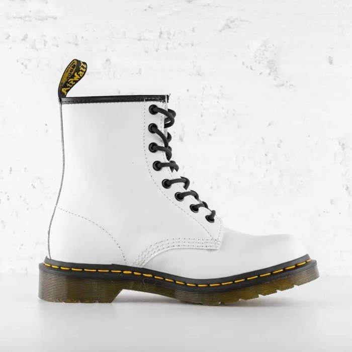 DR. MARTENS 1460 W LEATHER ANKLE WHITE SMOOTH
