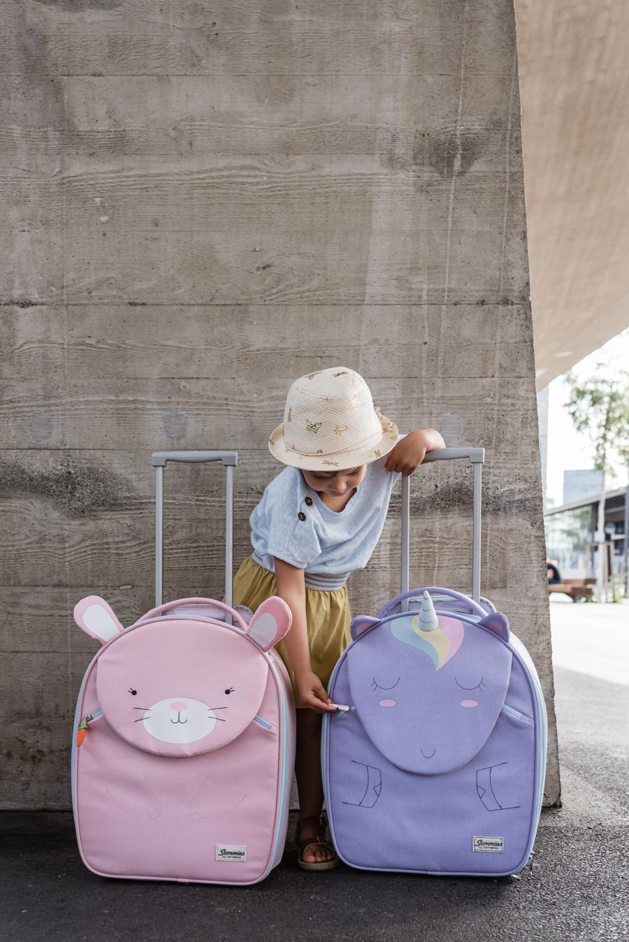 Loved things for the holidays: We pack these children's things in the suitcase #holidaywithchildren #holidaywithchildren #familyholiday #familyferien #familytime
