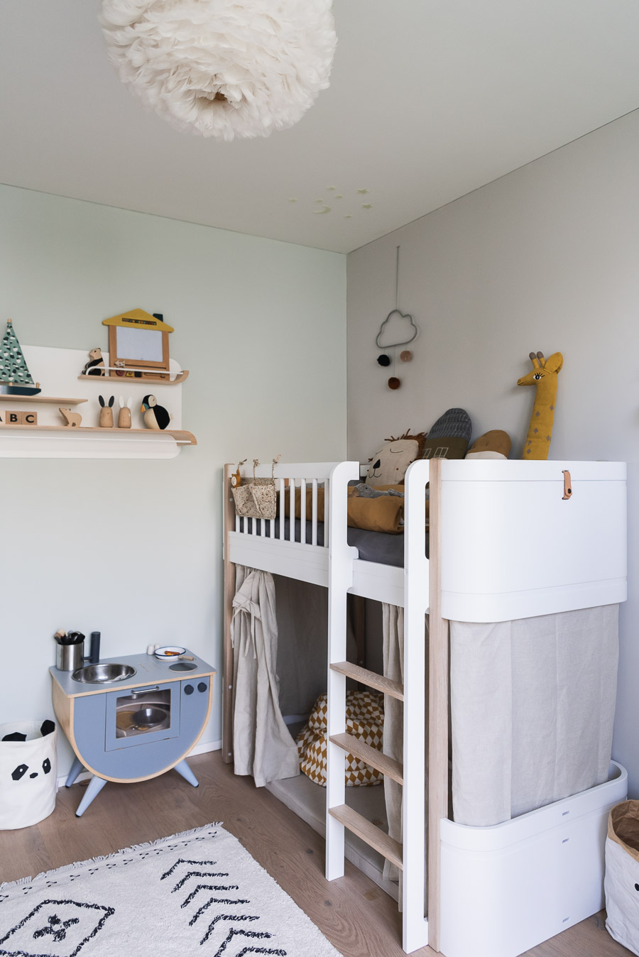 Homestory My Snowflake: About children's furniture and baby musthaves