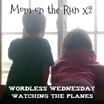 wordless wednesday plane watching