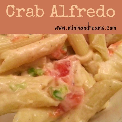 Crab Alfredo via Mini Van Dreams #recipes #easyrecipes