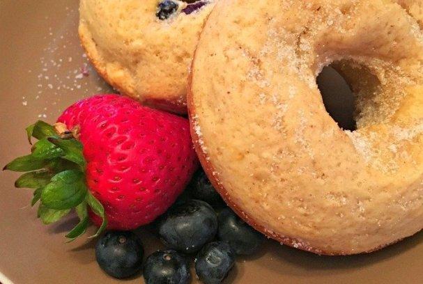 Baked Strawberry Donuts | Mini Van Dreams