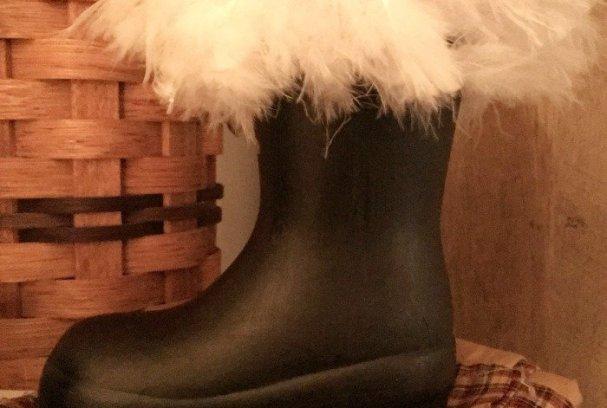 Santa Boots Decoration | Mini Van Dreams