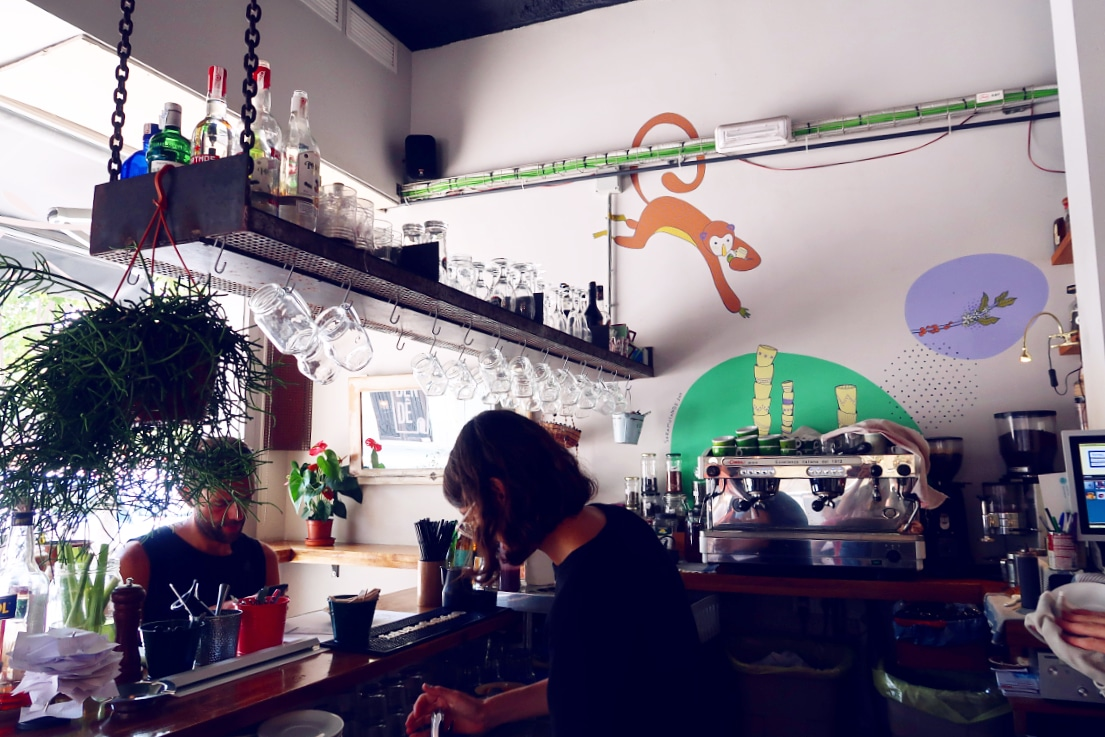 Best brunch in Barcelona @minkaguides Can Dendê interior