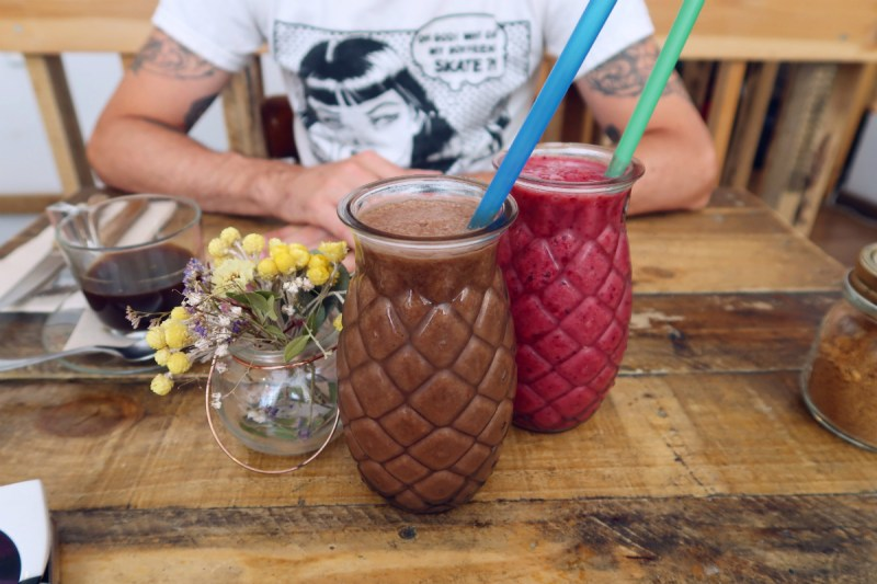Best brunch in Barcelona @minkaguides The Juice House smoothies