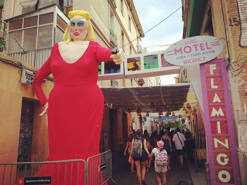 Things to do in Barcelona @israpeacefrog Festa Gracia