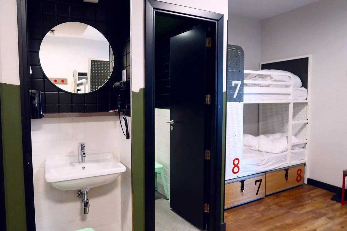 Generator Hostel Madrid @minkaguides female dorm