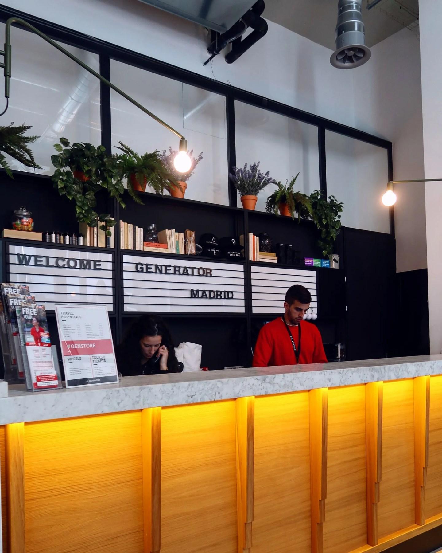 Generator Hostel Madrid @minkaguides reception