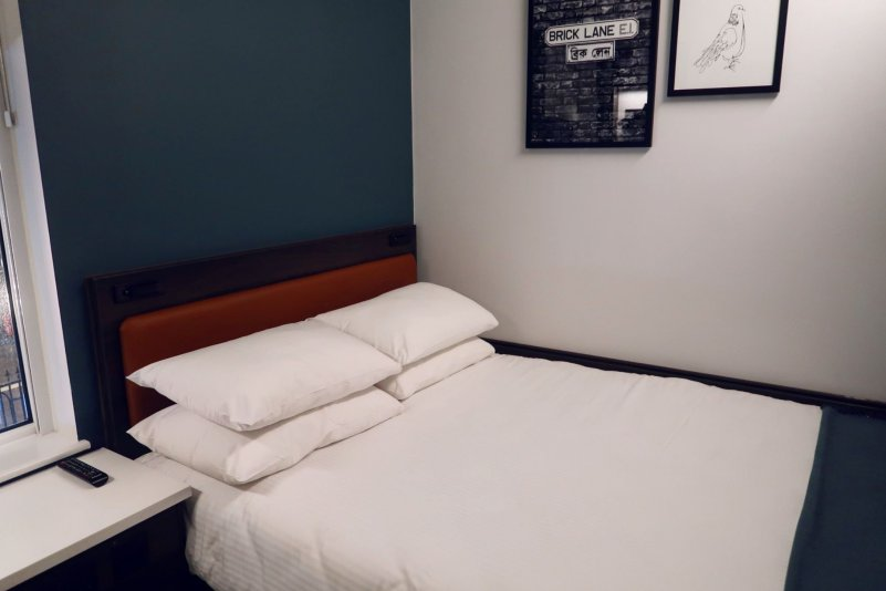 The East London Hotel @minkaguides bed