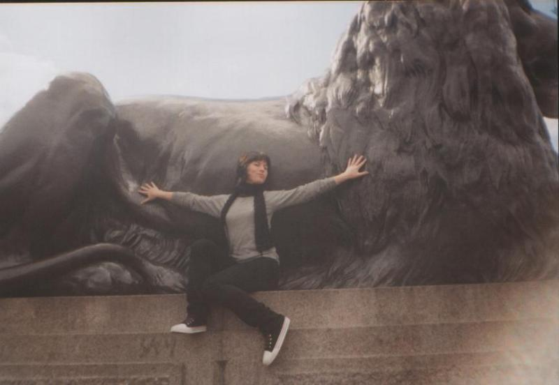 United Kingdom travel @minkaguides Trafalgar Square 2004