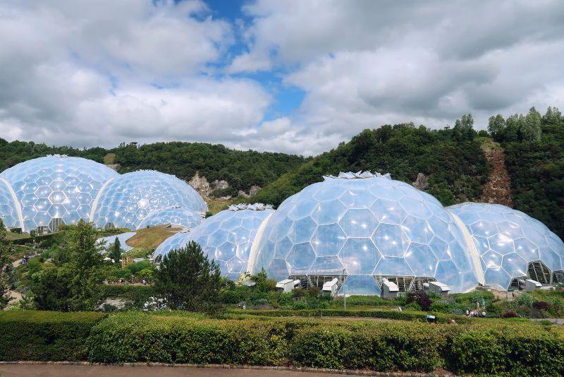 Cornwall itinerary - Eden Project biomes CREDIT Minka Guides