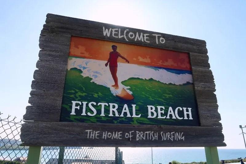 Cornwall itinerary - Fistral Beach sign CREDIT Minka Guides