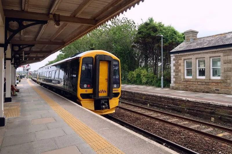 Cornwall itinerary - train from London to Cornwall CREDIT Minka Guides