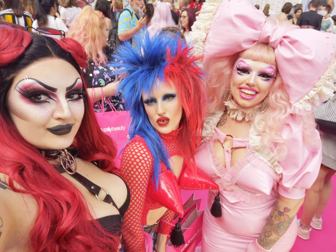 Can women be drag queens - Mynxie Georgie Bee and Tete Bang - female drag queen CREDIT @mynxietheprogoth