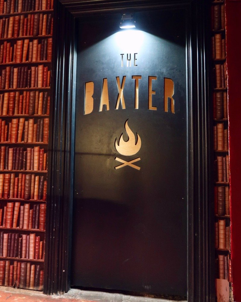 The Baxter Hostel Edinburgh front door CREDIT Minka Guides_picmonkeyed