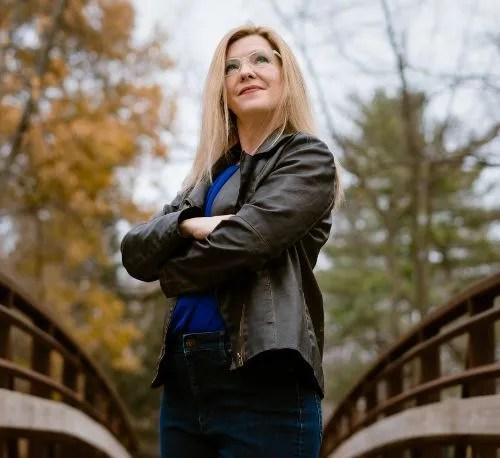 Polyamory podcasts Libby Sinback Making Polyamory Work cropped CREDIT Devon Rowland Portraits