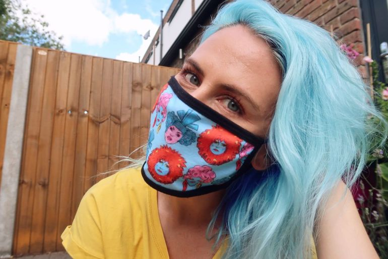 Dating during pandemic - face mask CREDIT Minka Guides