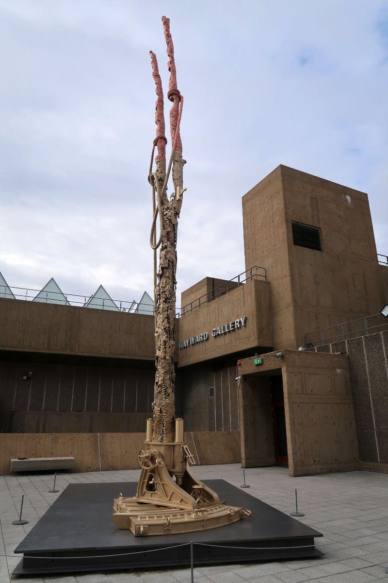 Exhibitions in London - Matthew barney_ Redoubt exterior sculpture CREDIT Minka Guides