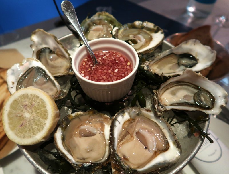 Oysters London Bentleys Oyster Bar Grill CREDIT Minka Guides