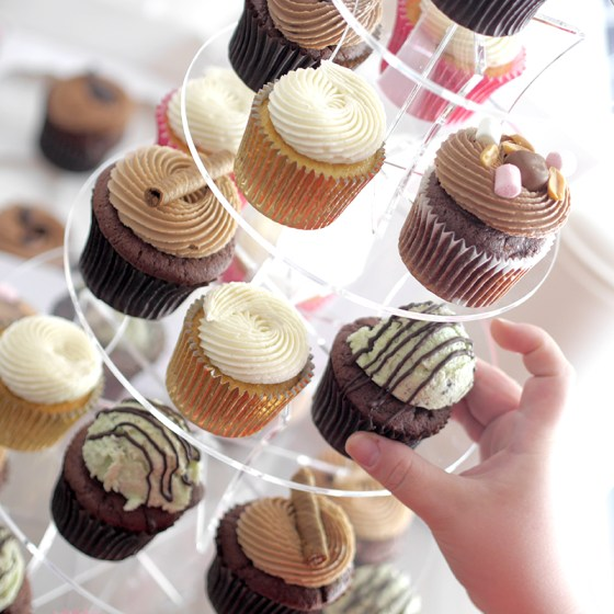 Meiltä saat vuokrattua cupcake-tornin